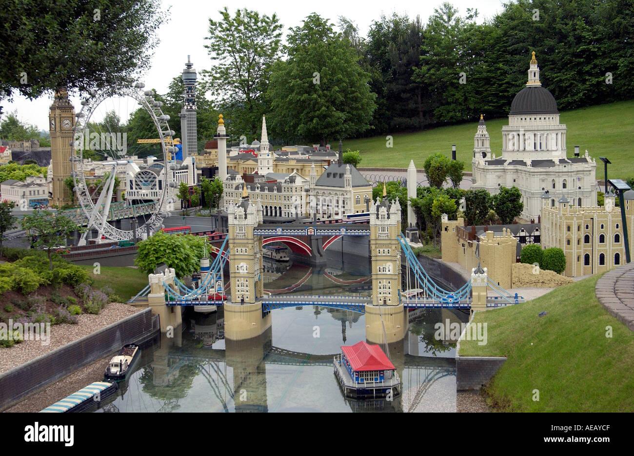 Legoland including lego model replicas of the london eye for Replica mobel england