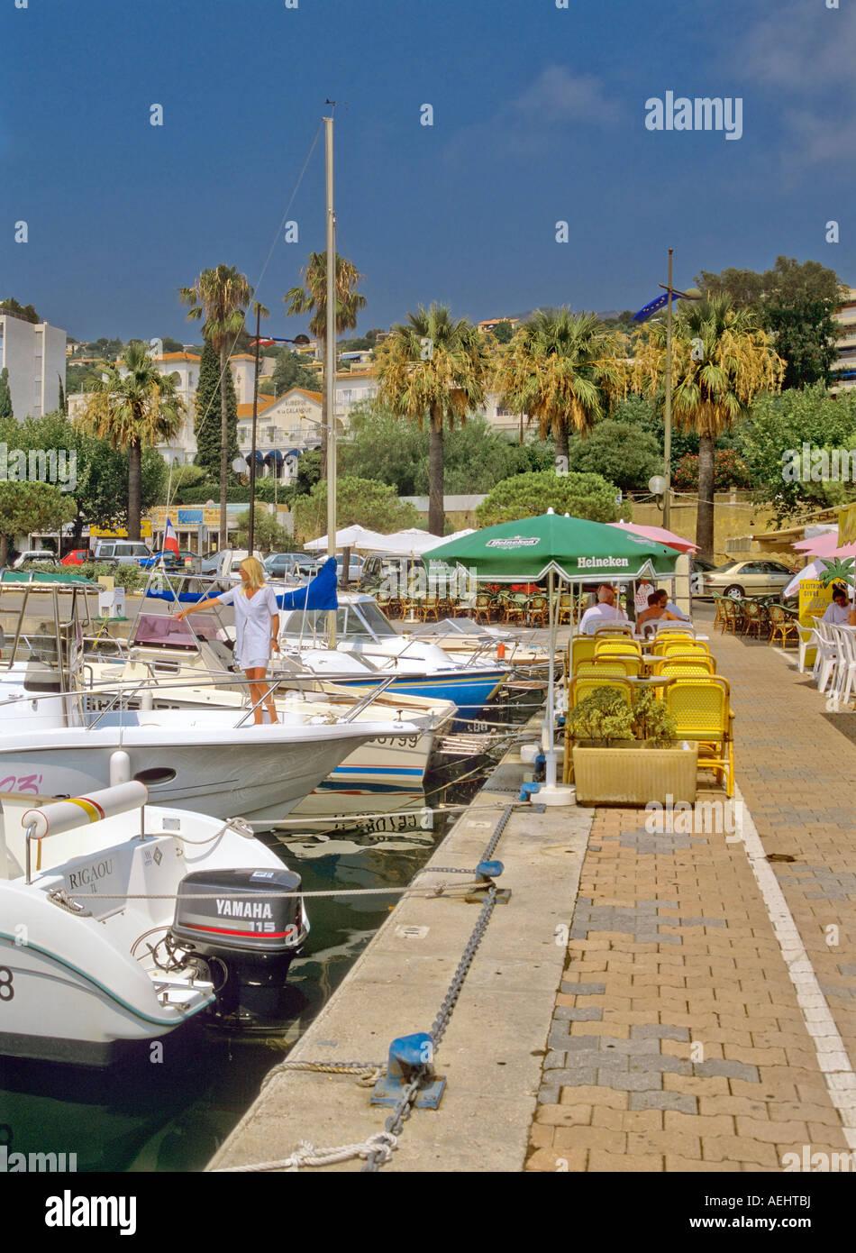 Le lavandou holiday resort near toulon var cote d azur provence stock photo royalty free image - Restaurant le lavandou port ...