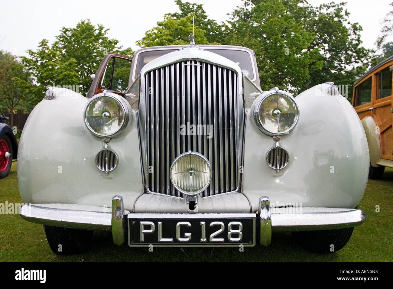 Front grill and headlamps on classic bently at vintage vehicle front grill and headlamps on classic bently at vintage vehicle rally near st andrews scotland voltagebd Image collections