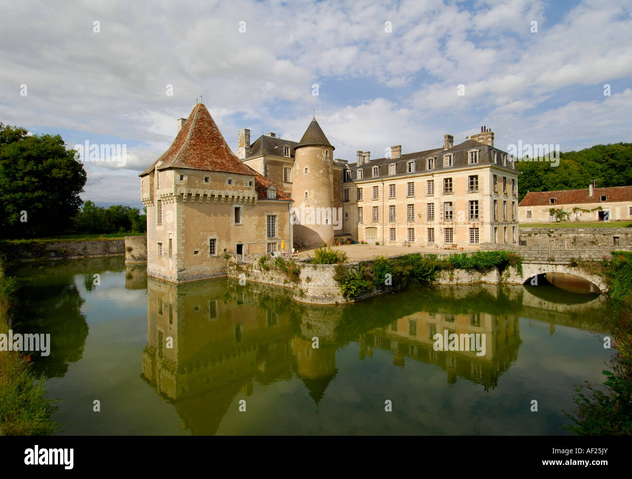 moated chateau of boussay indre et loire france stock photo royalty free image 13806578 alamy. Black Bedroom Furniture Sets. Home Design Ideas