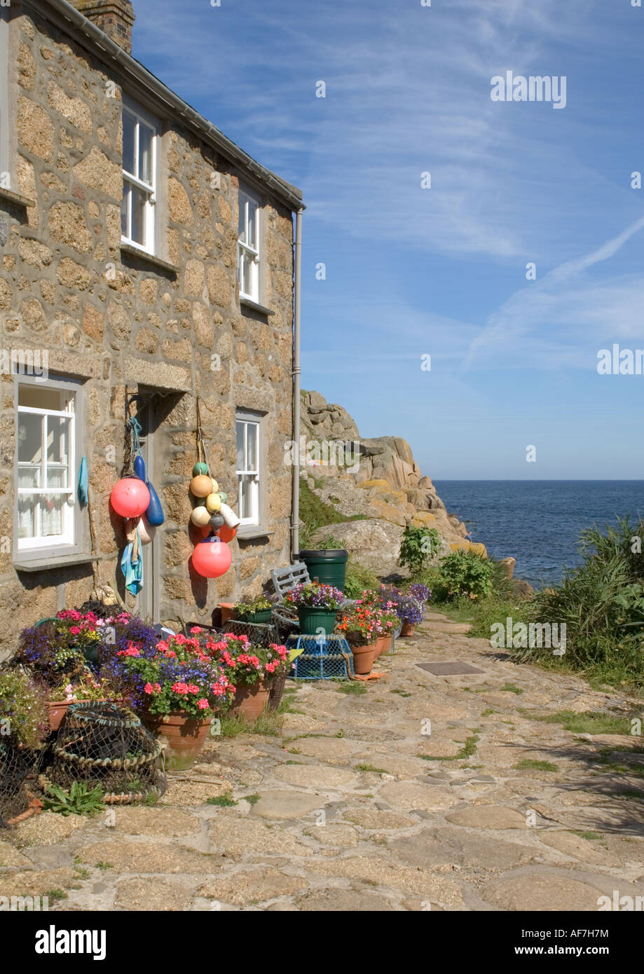 Fisherman 39 s cottage penberth cove cornwall stock photo royalty free image 13857511 alamy - The fishermans cottage ...