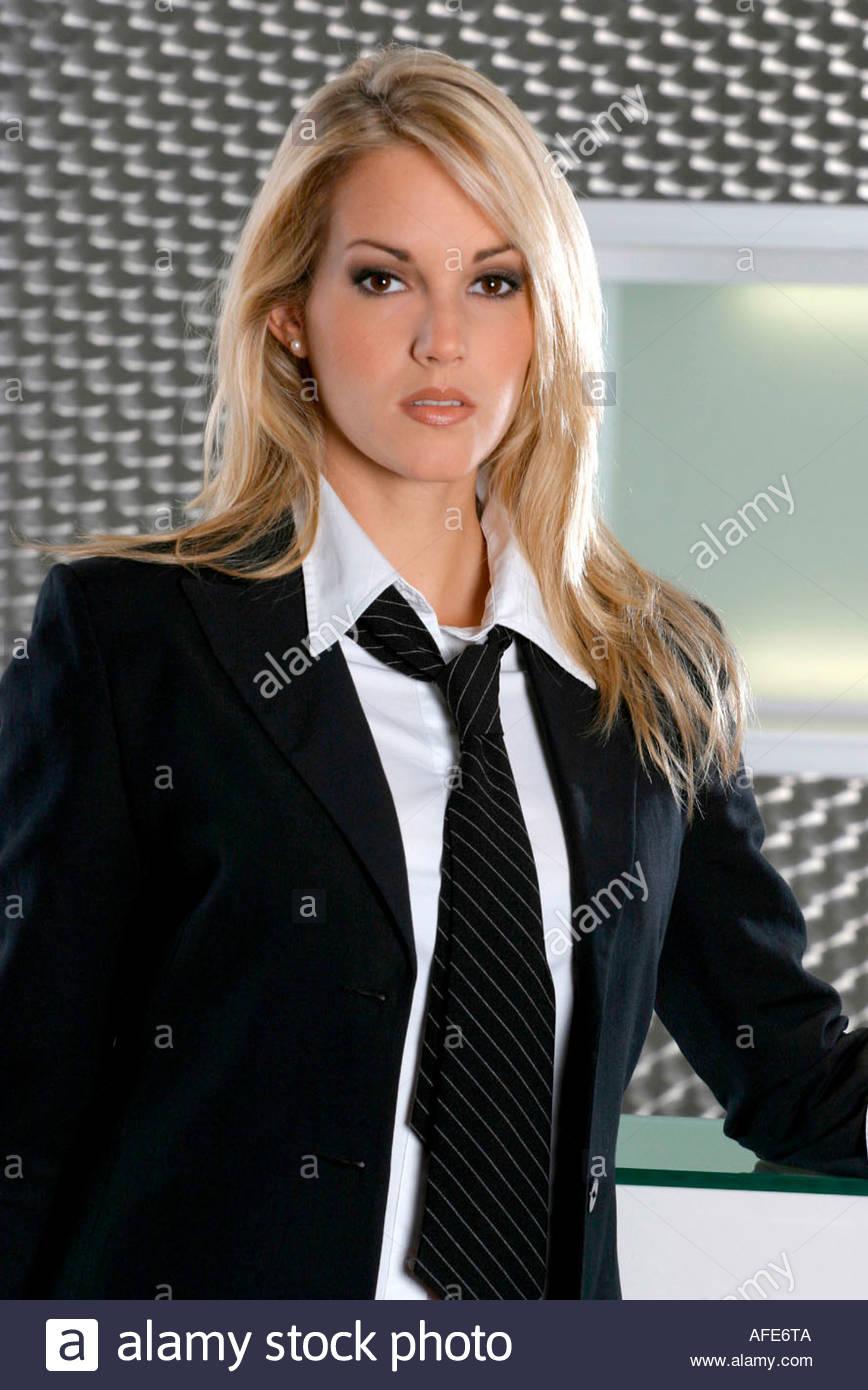 frau mit anzug und krawatte stock photo royalty free image 7954185 alamy. Black Bedroom Furniture Sets. Home Design Ideas