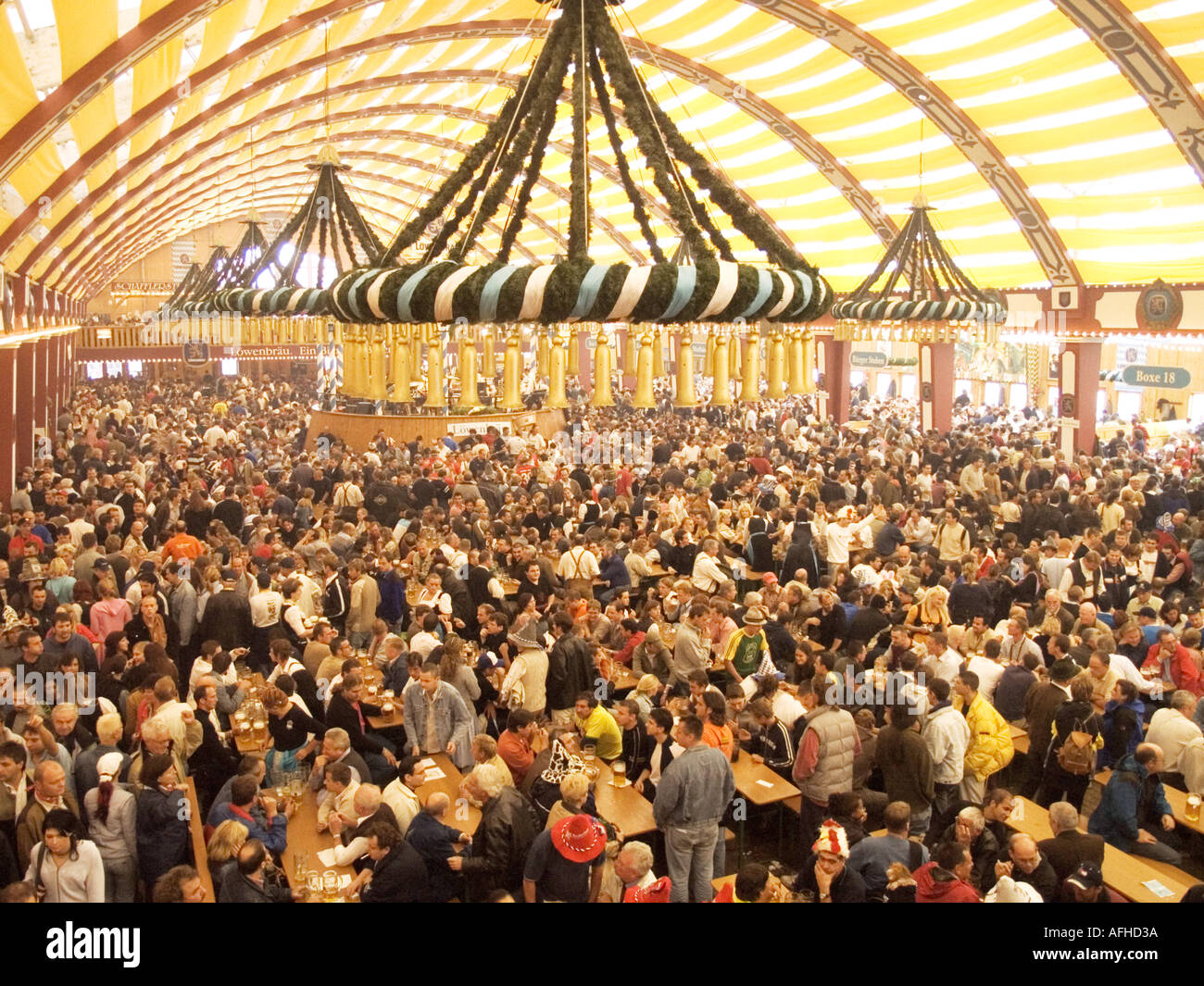 Beer Hall tent bier Oktoberfest october fest festival fair event carnival carneval carnaval celebration celebrate marriage weddi & Beer Hall tent bier Oktoberfest october fest festival fair event ...