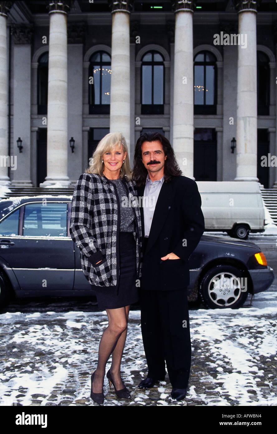 Linda Gray and yanni