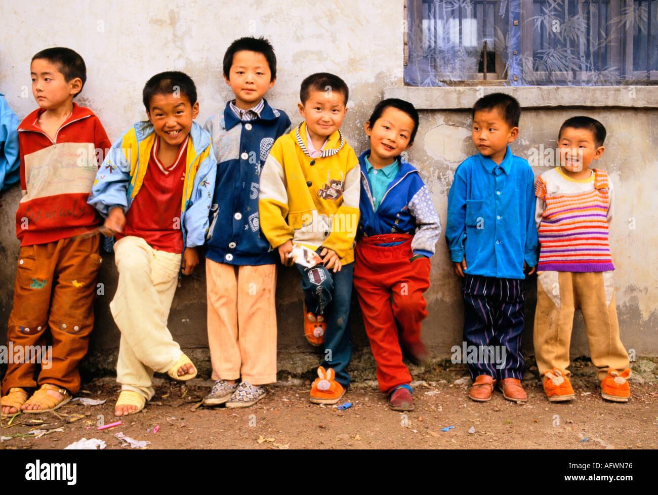 China All Boys Liufu Village Anhui Province Abnormally High Ratio  # Bois En Chaene