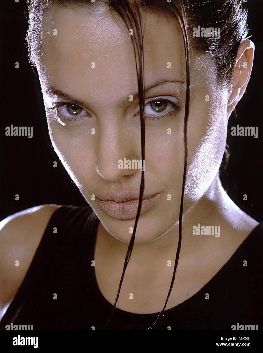 LARA CROFT TOMB RAIDER 2001 Paramount film with Angelina ... Angelina Jolie Movies