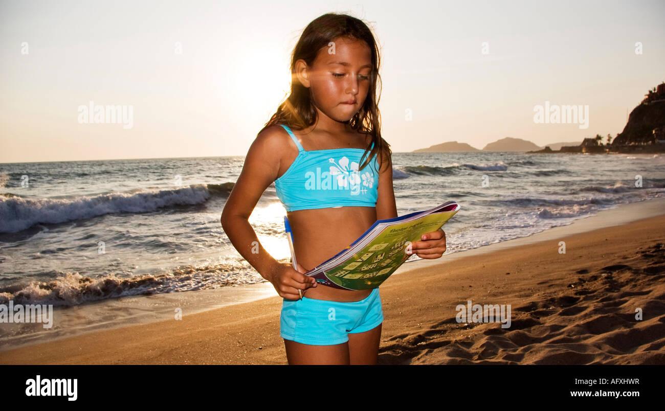 pacific beach single hispanic girls Growing up hispanic in chocolate city oakland especially girls: lavonia, xochitl i was sitting on a pacific beach called la salina.