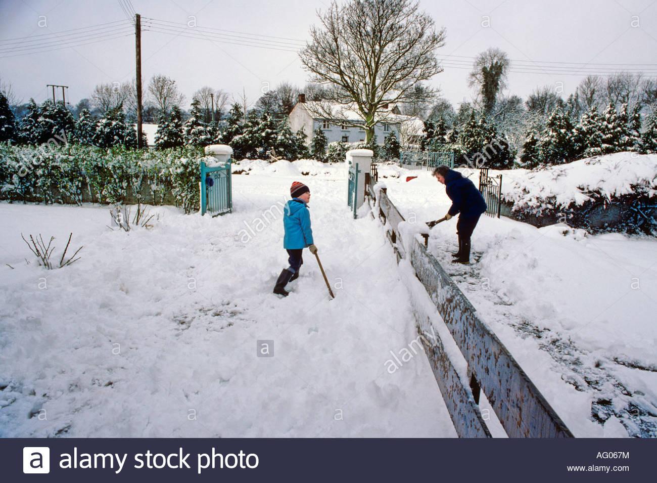 heavy snow in gardens village of lambeg antrim northern ireland