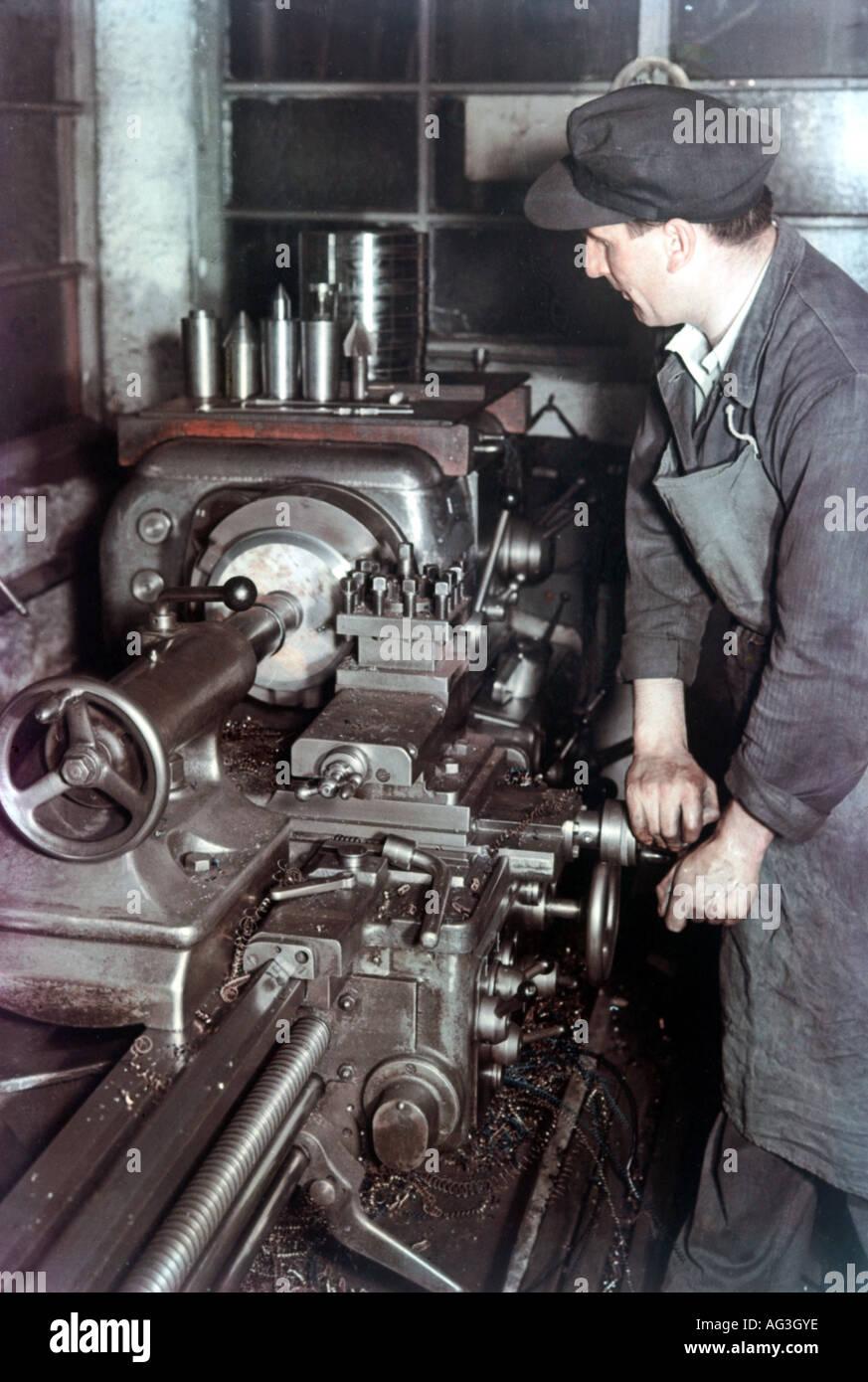 lathe machine operator