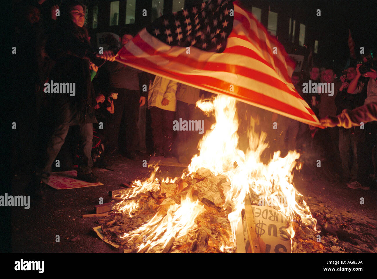 burning the american flag Reader approved how to dispose of a damaged american flag two methods: respectfully burning the flag choosing alternate disposal methods community q&a.