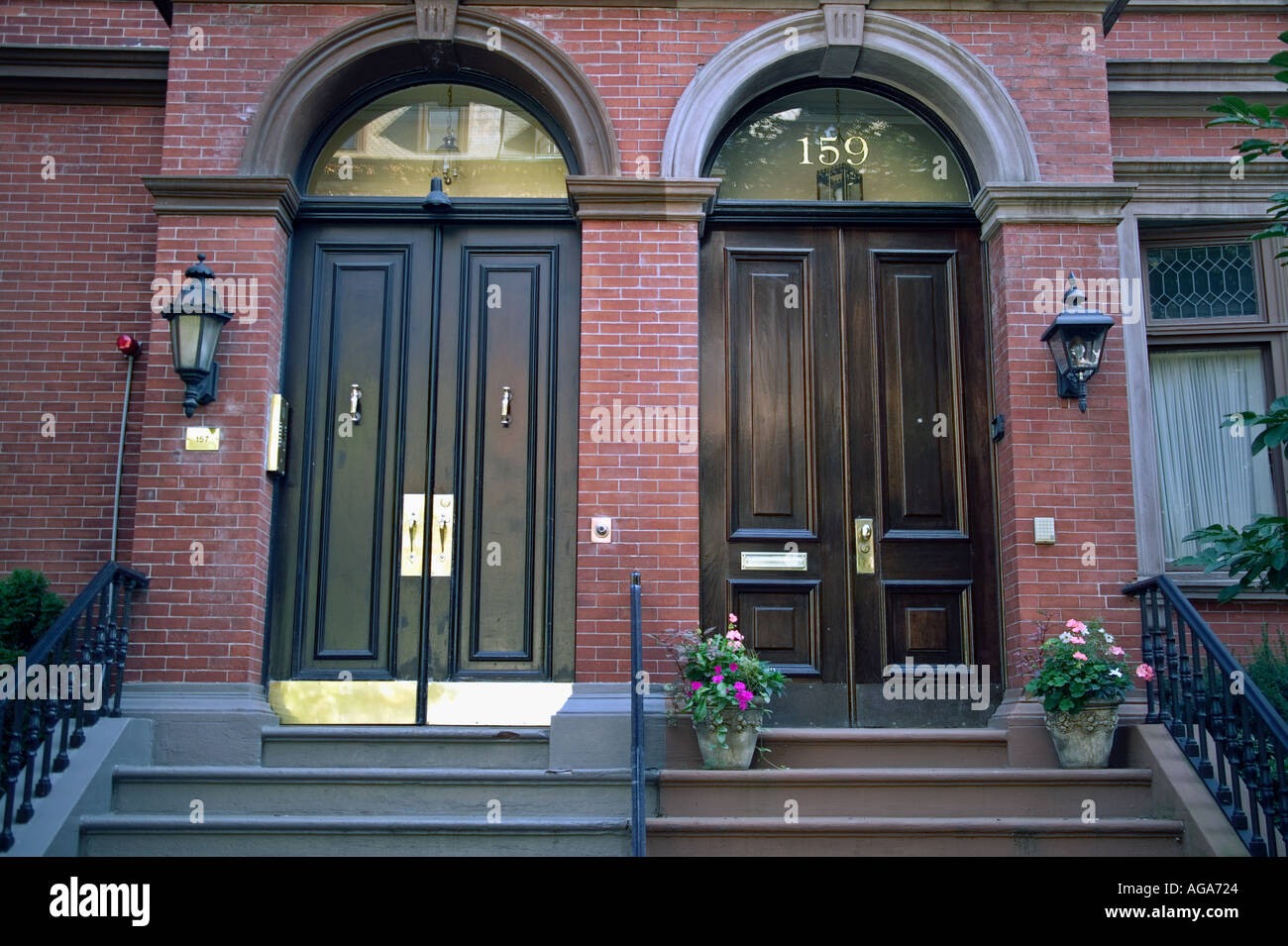 Commonwealth Avenue brownstone doors Boston MA & Commonwealth Avenue brownstone doors Boston MA Stock Photo ...