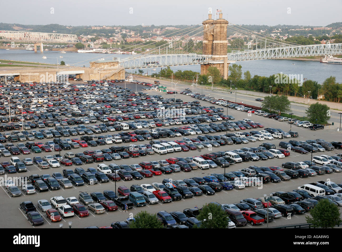 ohio cincinnati paul brown stadium parking lot ohio river vehicles stock photo royalty free. Black Bedroom Furniture Sets. Home Design Ideas