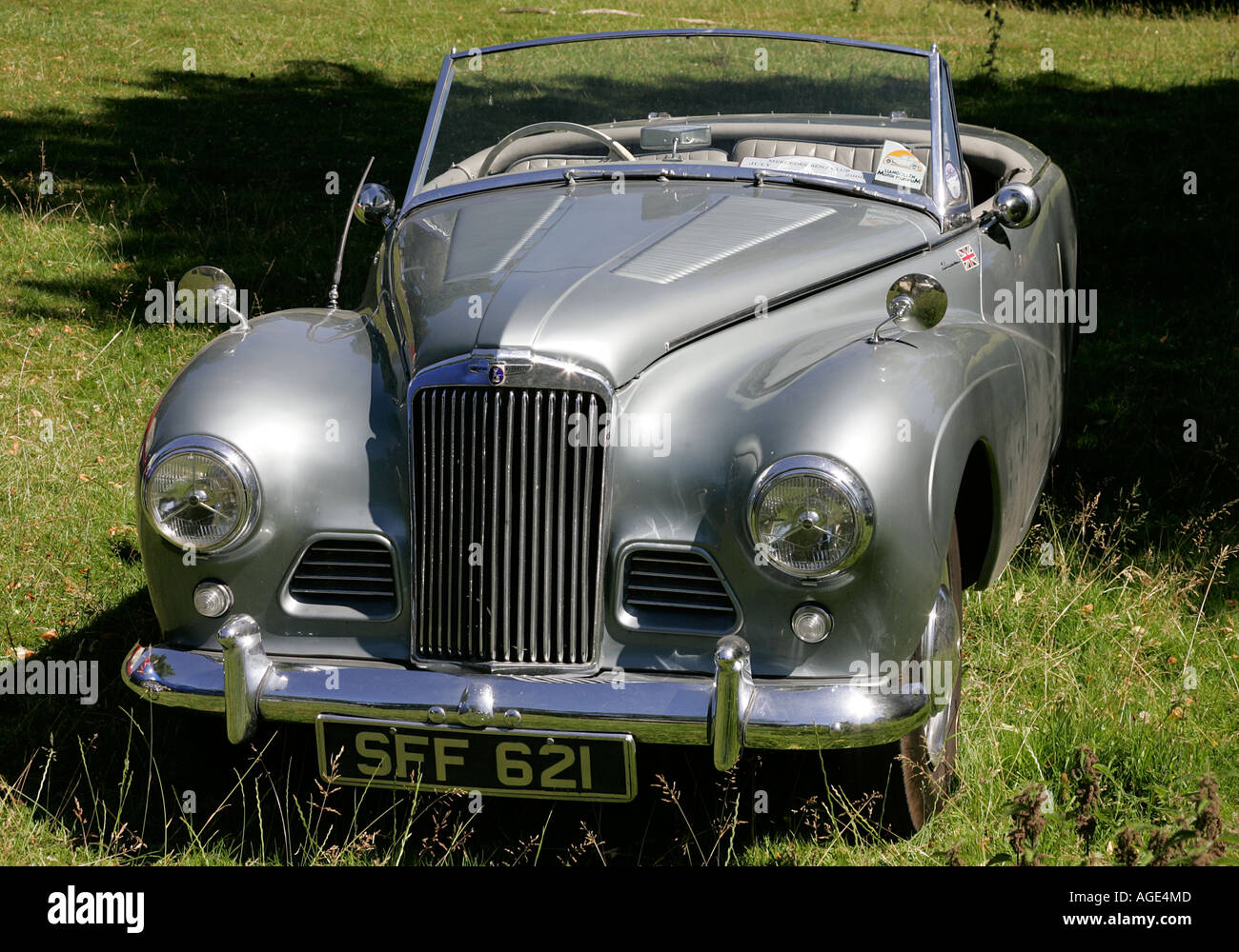Supreme Sunbeam classic car old history vehicle vintage antipodes ...