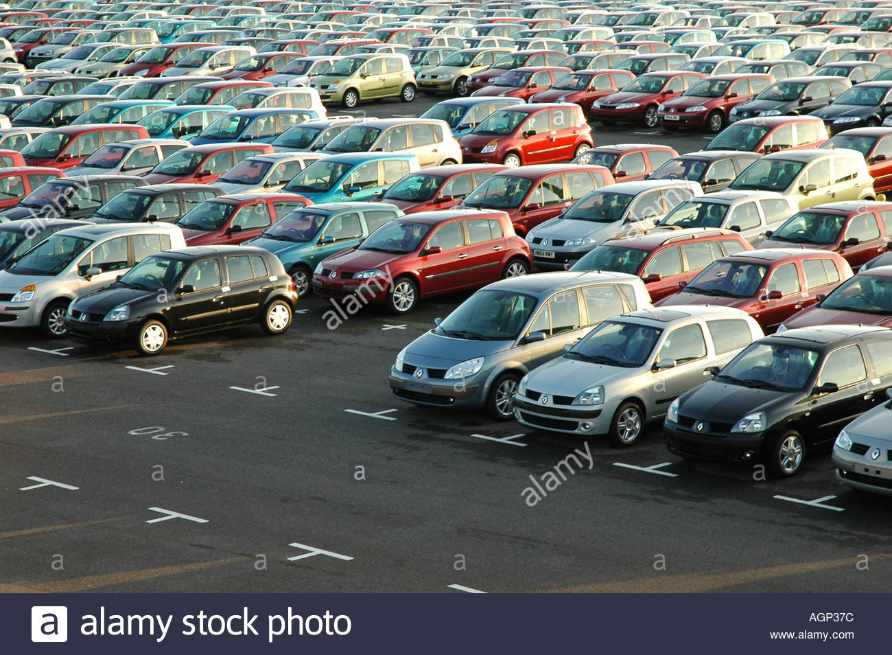 Renault car compound southampton docks hampshire england Southampton motor cars