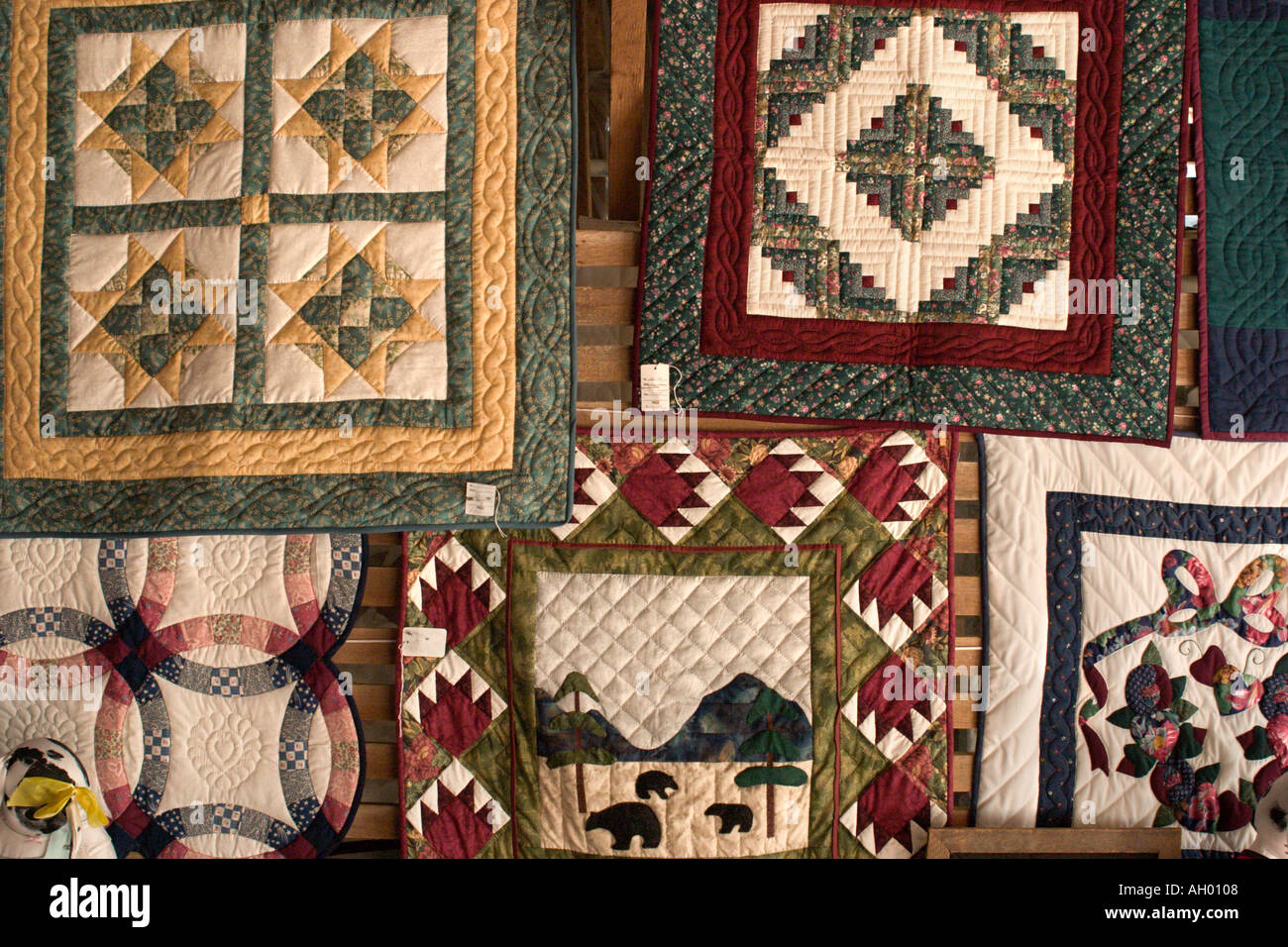 Traditional quilts in shop on Amish Farm, Lancaster County Stock ... : quilt shops in lancaster county pa - Adamdwight.com