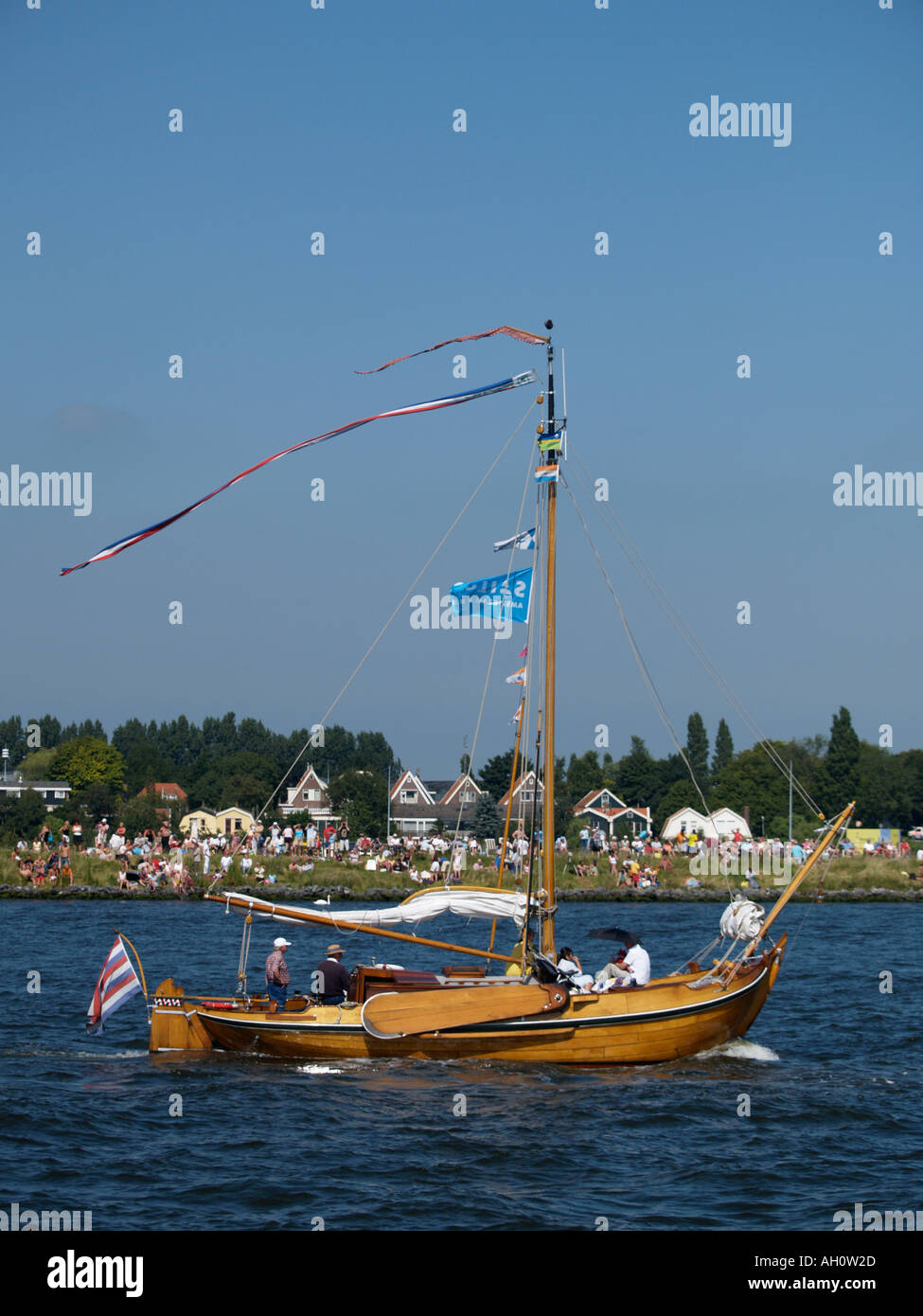 Typical old dutch flat bottom sailing fishing boat this is for Fishing boat types