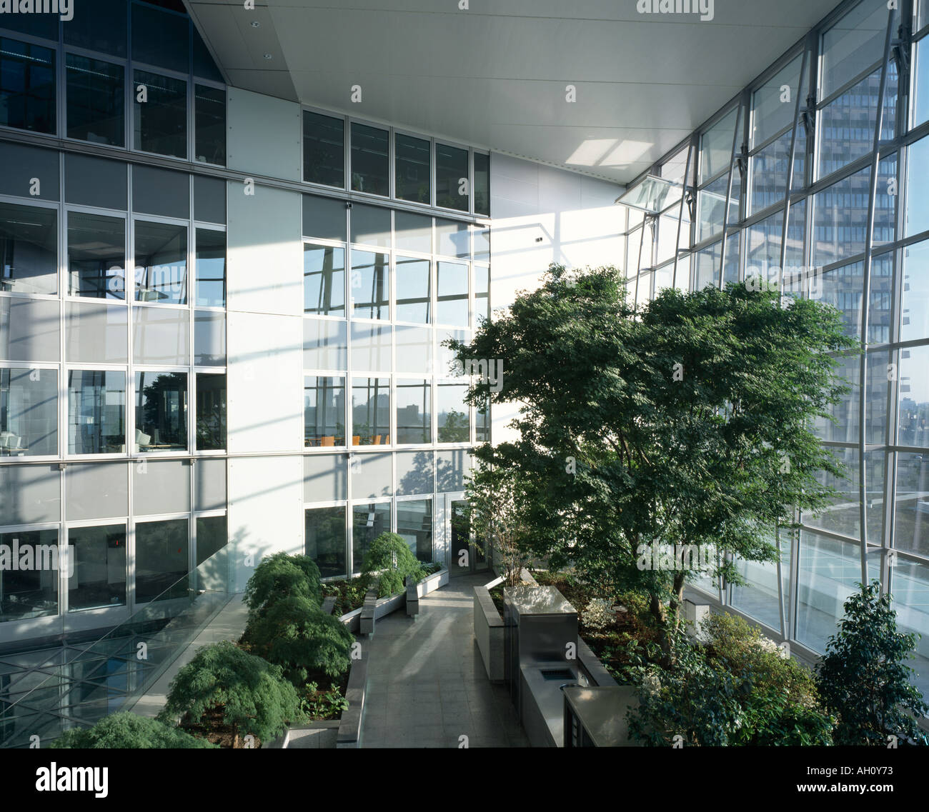 norman foster office. Commerzbank HQ Frankfurt 19911997 Architect Sir Norman Foster And Associates Office