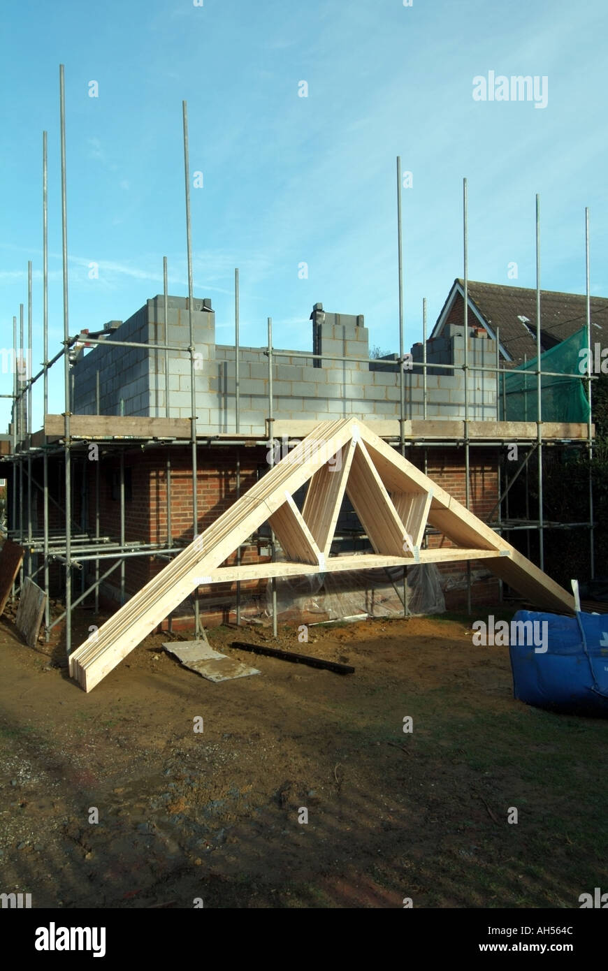 Essex house building site prefabricated roof trusses for Prefabricated roof