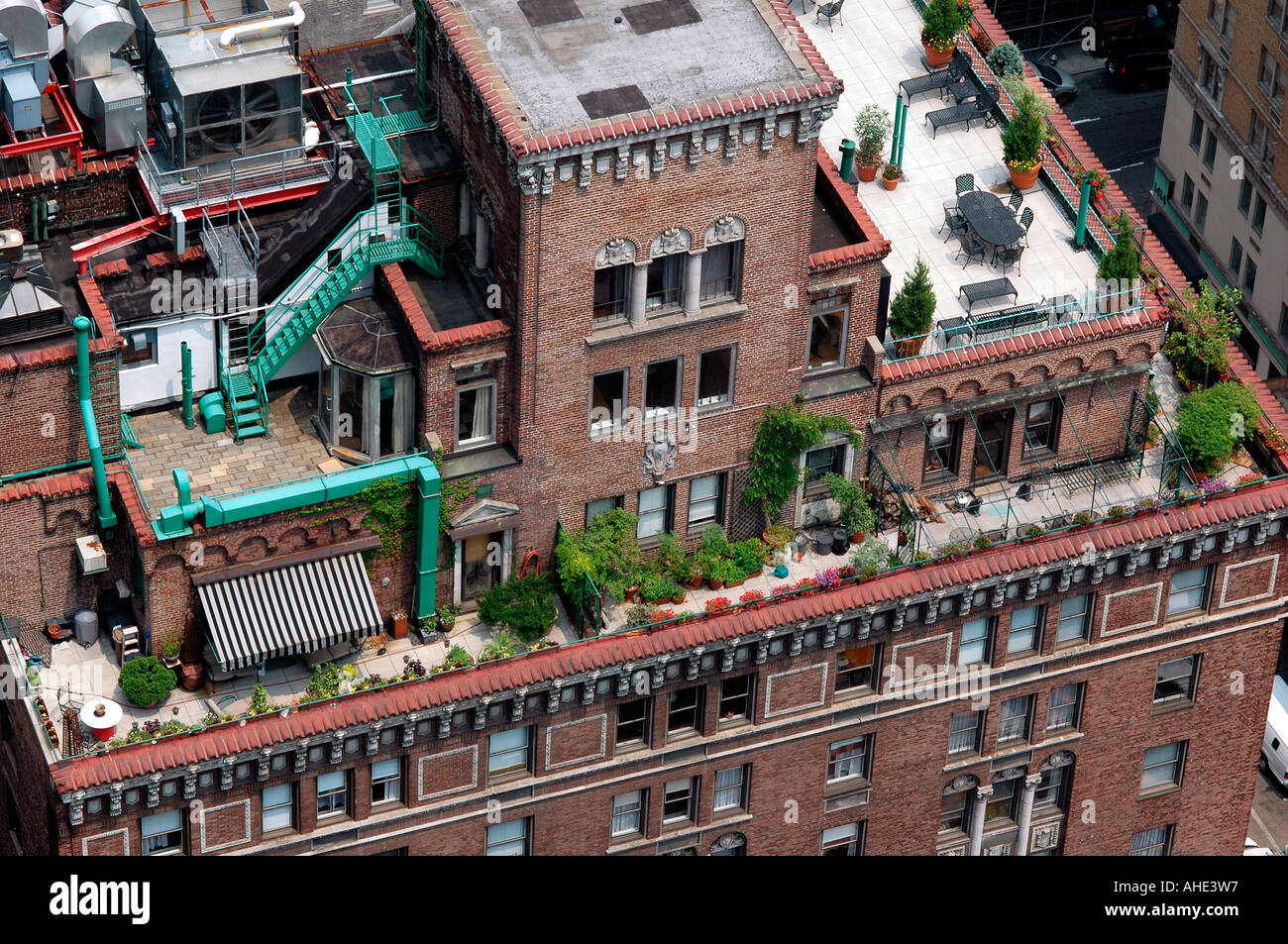 Rooftop of an apartment building in New York City Stock ...