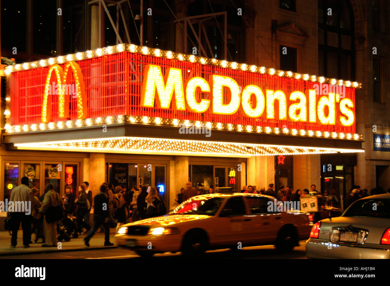 Mcdonald 39 s restaurant in times square manhattan new york for American cuisine in nyc