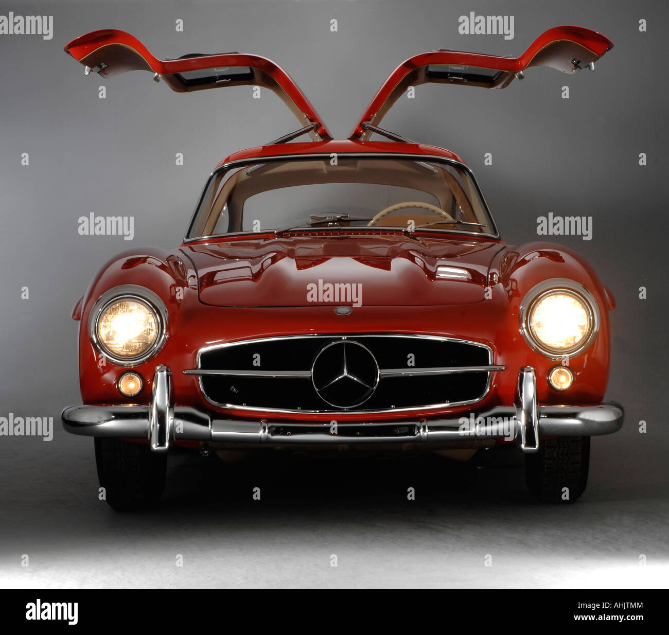 1957 mercedes benz 300sl gullwing stock photo, royalty free image