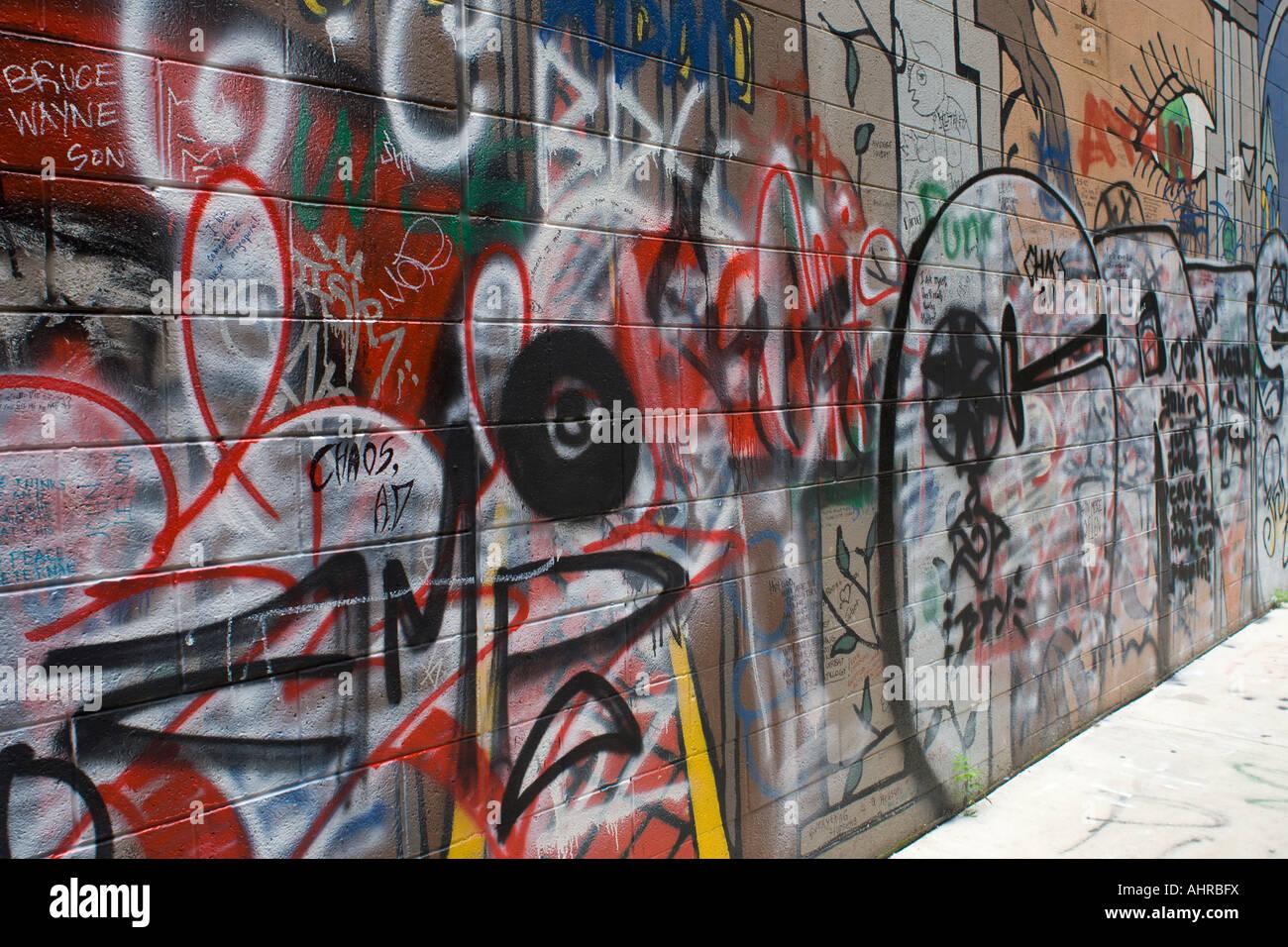 Graffiti wall ann arbor - Graffiti Covered Wall Ann Arbor Michigan