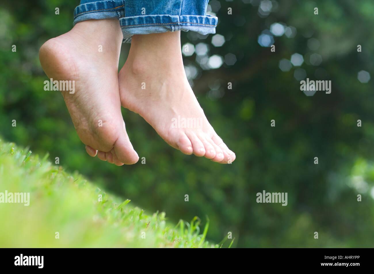young girl bare feet