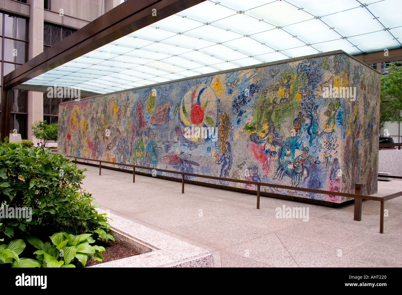 Marc chagall wall four seasons mosaic chicago illinois il for Chagall mural chicago