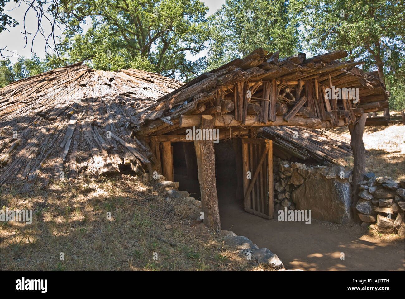 how to build a native american subterranean roundhouse