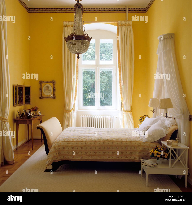 recessed window stock photos & recessed window stock images - alamy