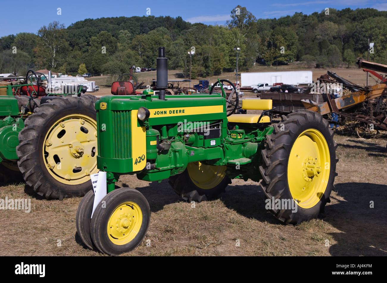 Collectors Vintage John Deere Tractors : Antique john deere t tractor on display at