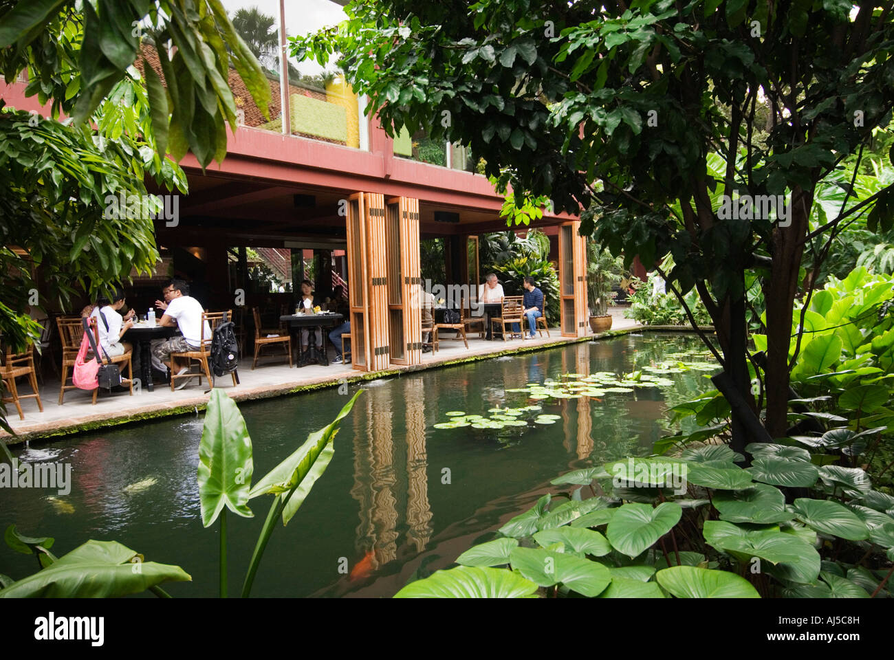 Restaurant at the jim thompson house bangkok thailand for The thompson house