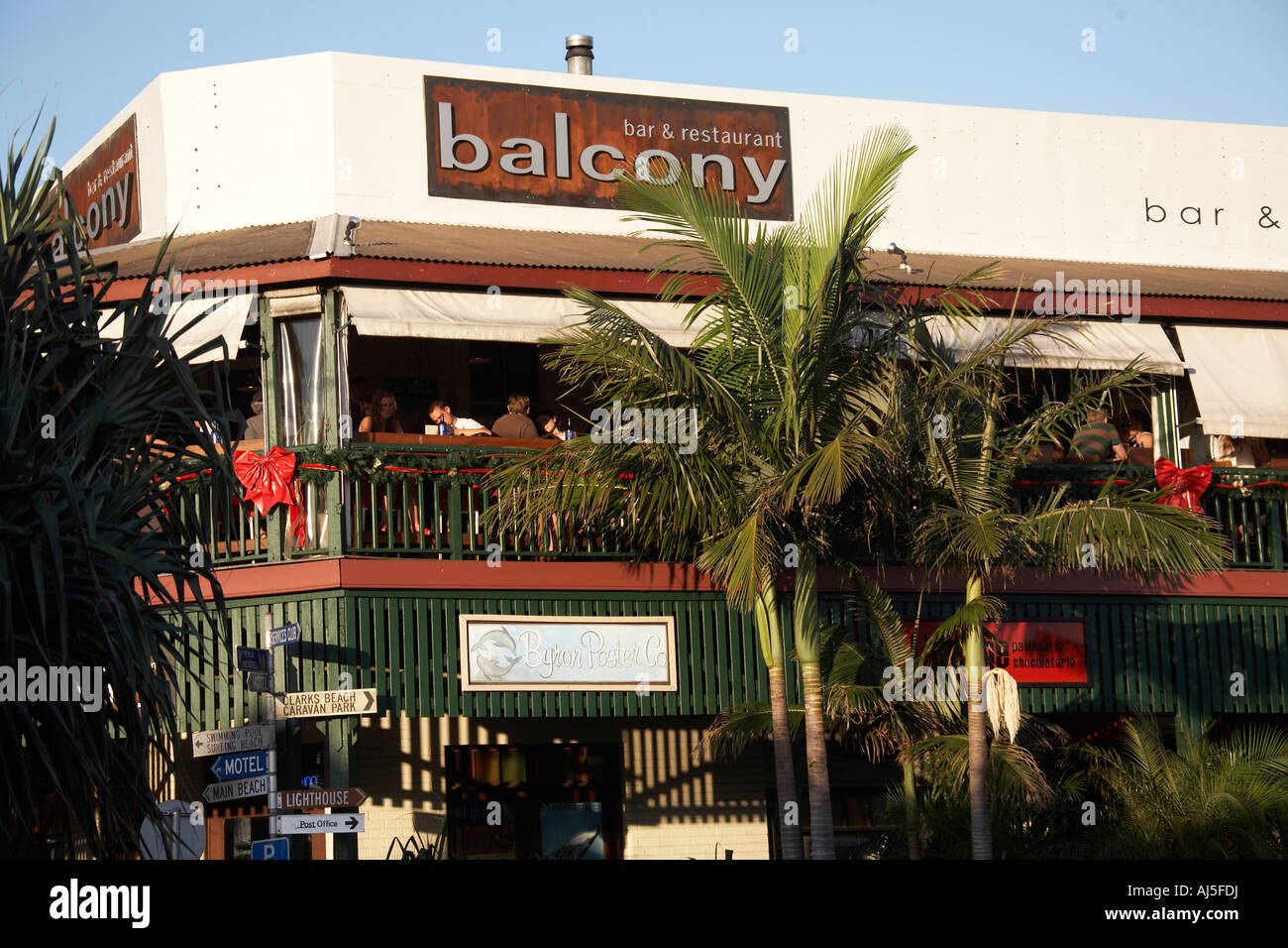 Balcony bar and restuarant in byron bay new south wales for Balcony restaurant byron