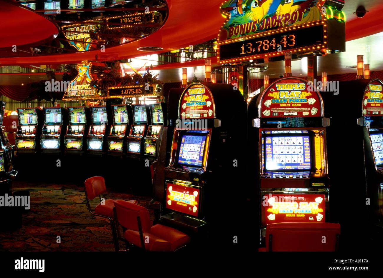 Adrian lewis slot machine