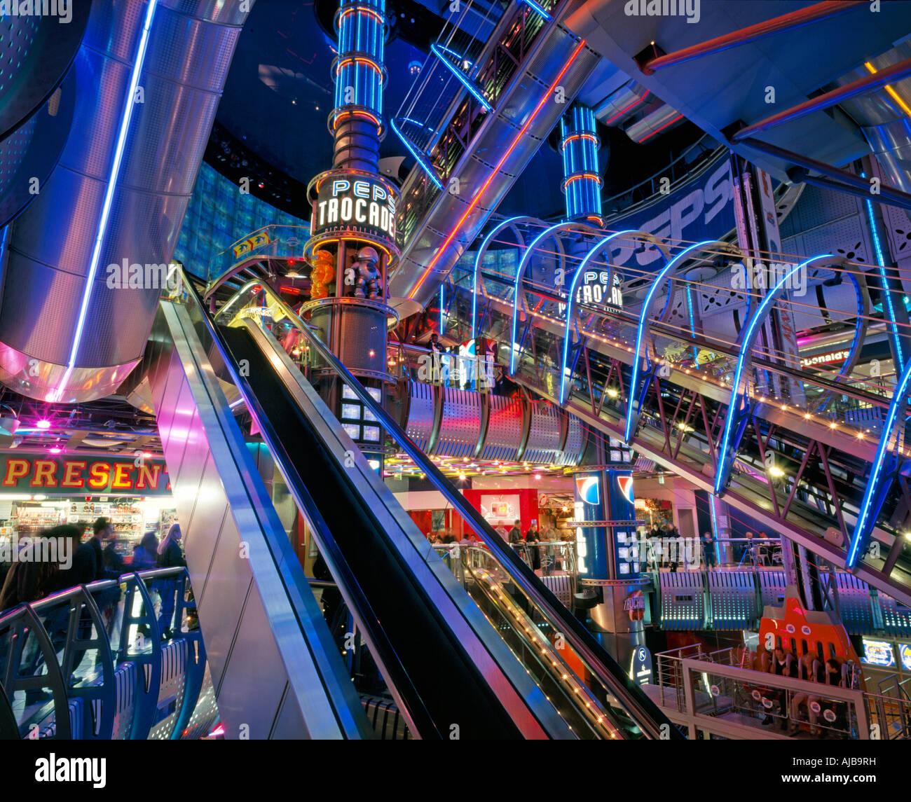Light Shop Dubai Mall: Futuristic Space Age Interiors Of London Trocadero With