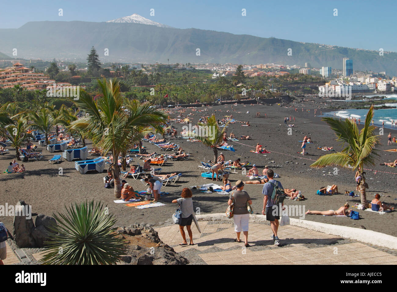 Playa jardin beach puerto de la cruz tenerife canary for Aparthotel jardin de playa