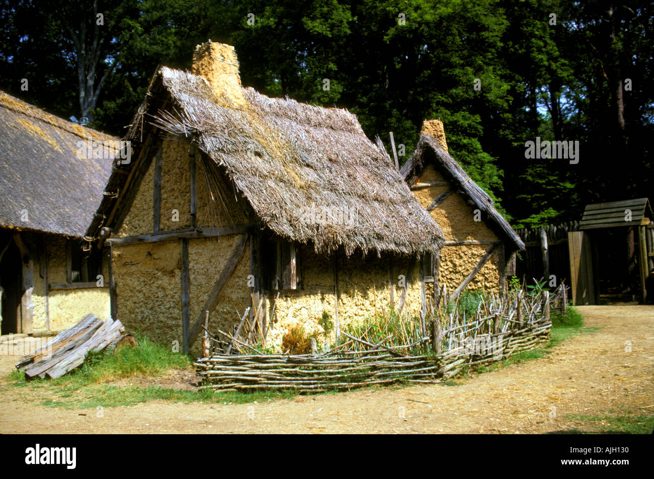 a look at the early settlers of virginia in the 1600s Interesting virginia colony facts: the virginia colony was founded at jamestown in 1607 it was the first english colony in the new world disease, conflicts with indians, and hunger almost destroyed jamestown but new settlers arrived in 1610 with supplies and the colony began to thrive.