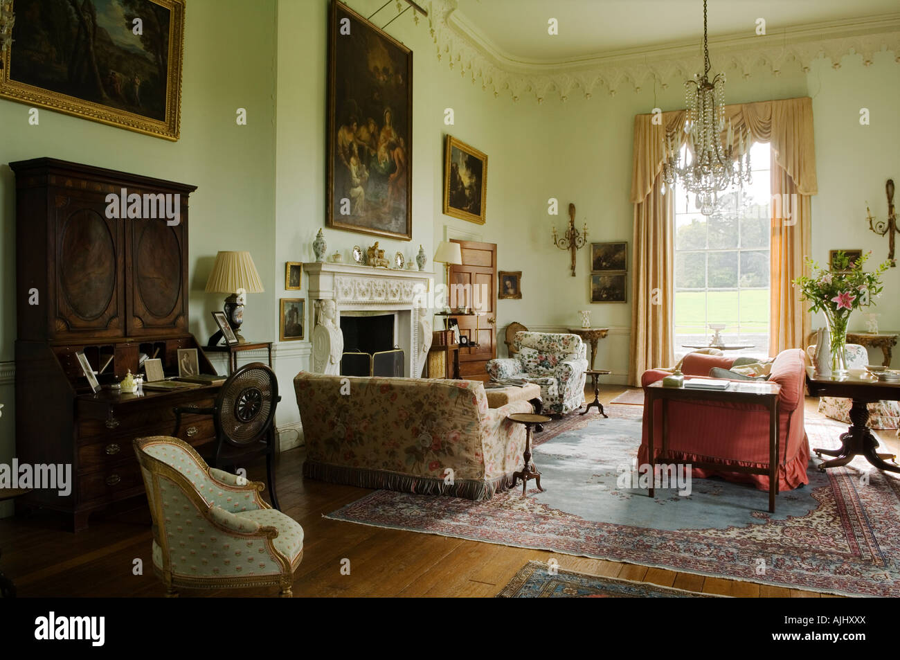 Drawing Room In 17th Century Irish Castle Stock Photo