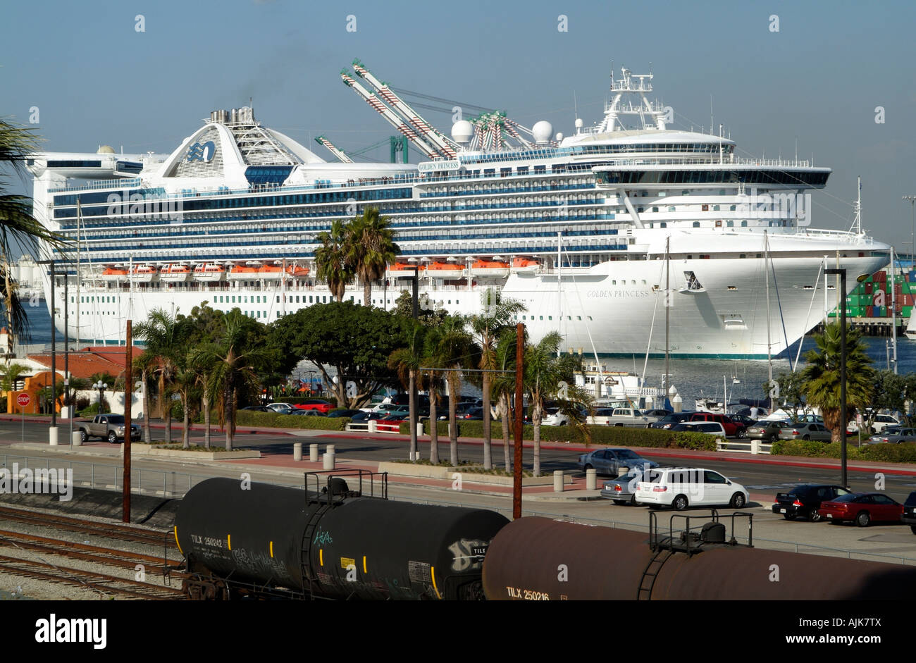 Port Of Los Angeles USA Cruise Ship Golden Princess Sailing Down - Cruise from los angeles