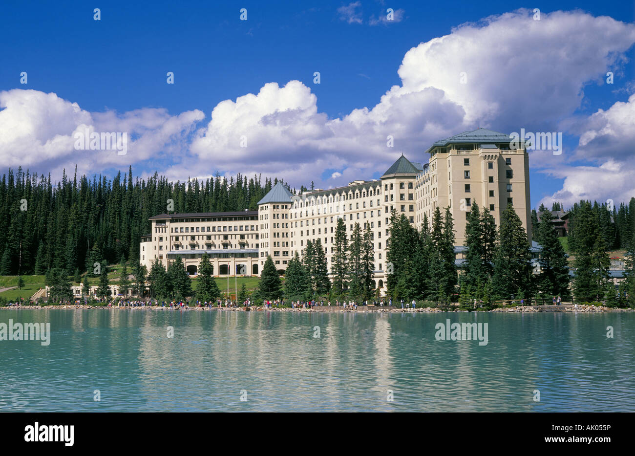 a view of the fairmont chateau lake louise a classic mountain
