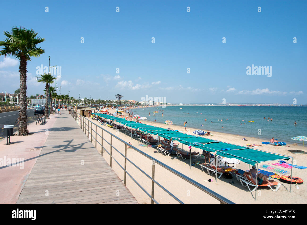 beach and promenade in la pineda near salou costa dorada costa stock photo 1251867 alamy. Black Bedroom Furniture Sets. Home Design Ideas