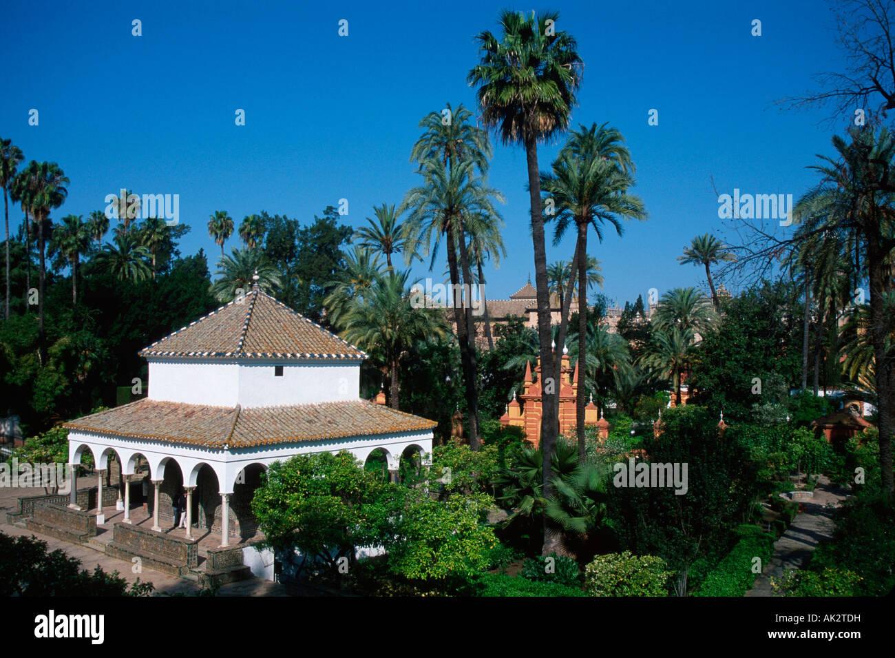 Arabian garden sevilla stock photo royalty free image - Garden center sevilla ...