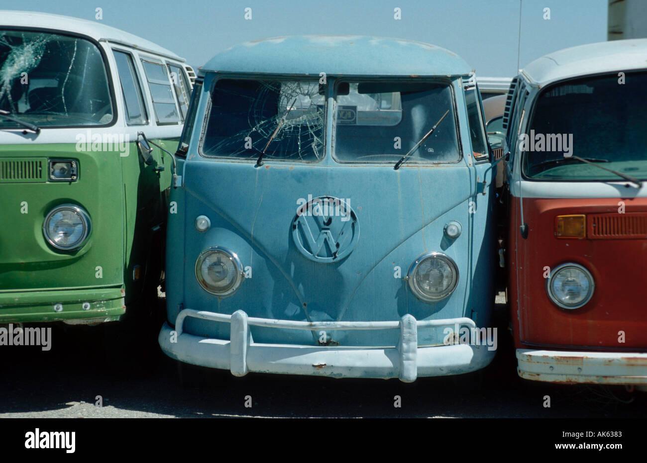 old vw busses at scrapyard alamogordo new mexico usa alte. Black Bedroom Furniture Sets. Home Design Ideas