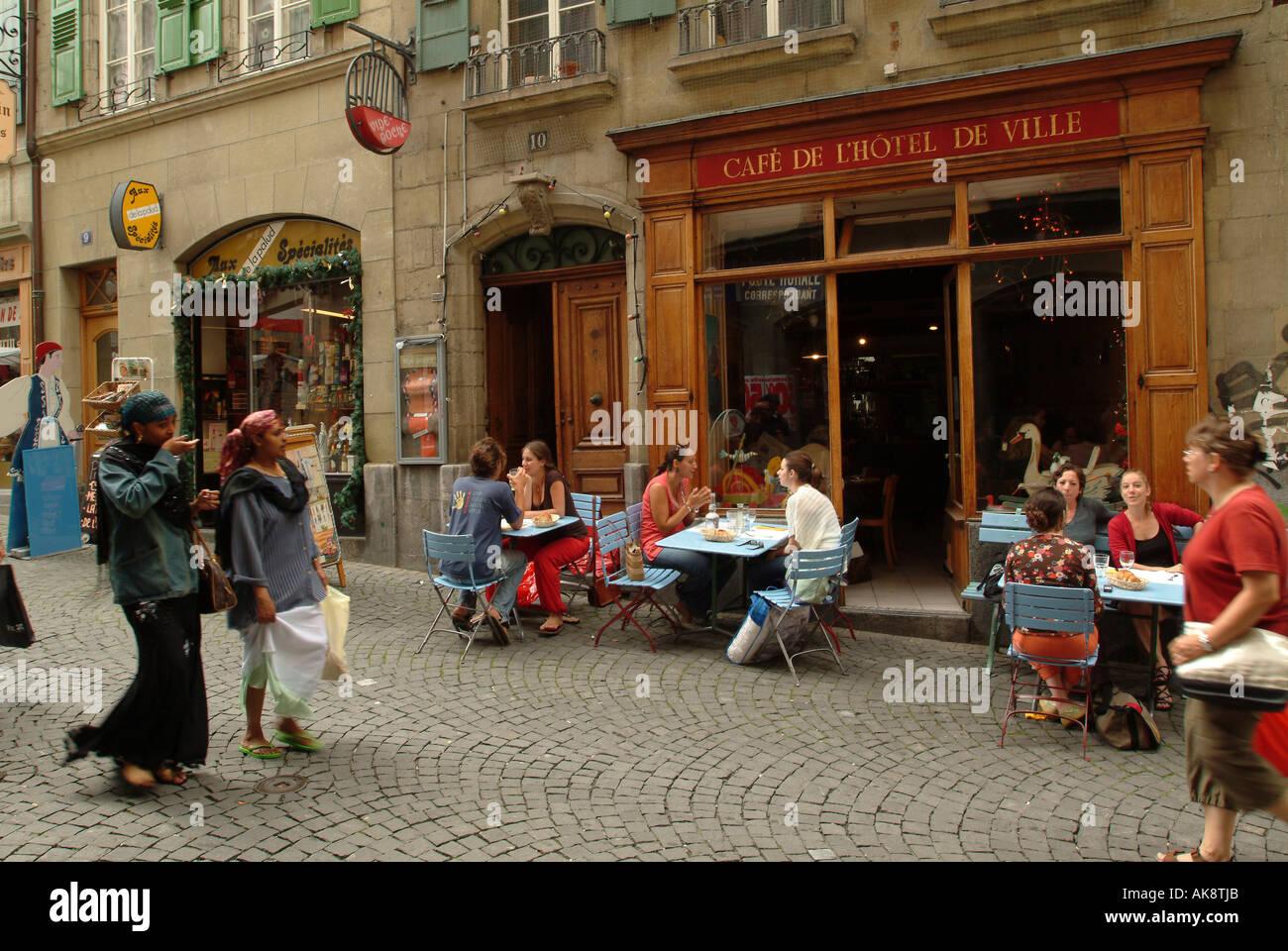 Caf Ef Bf Bd Restaurant Cafe De La Place