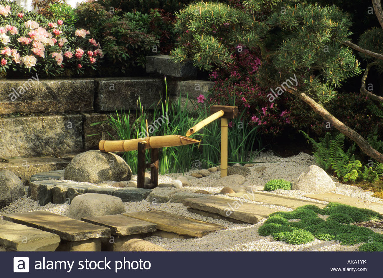 Chelsea flower show 1996 design hiroshi namori japanese for Japanese bamboo water feature