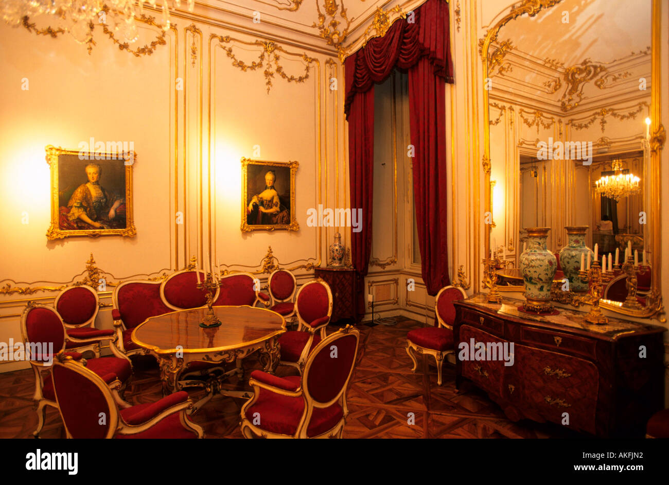 schloss sch nbrunn kinderzimmer stock photo royalty free. Black Bedroom Furniture Sets. Home Design Ideas