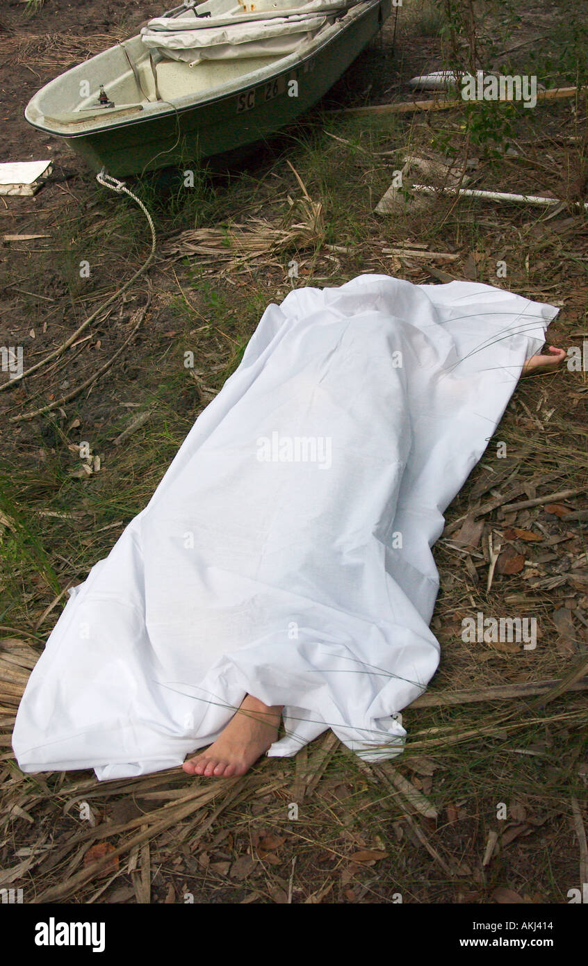 Female dead nude clip