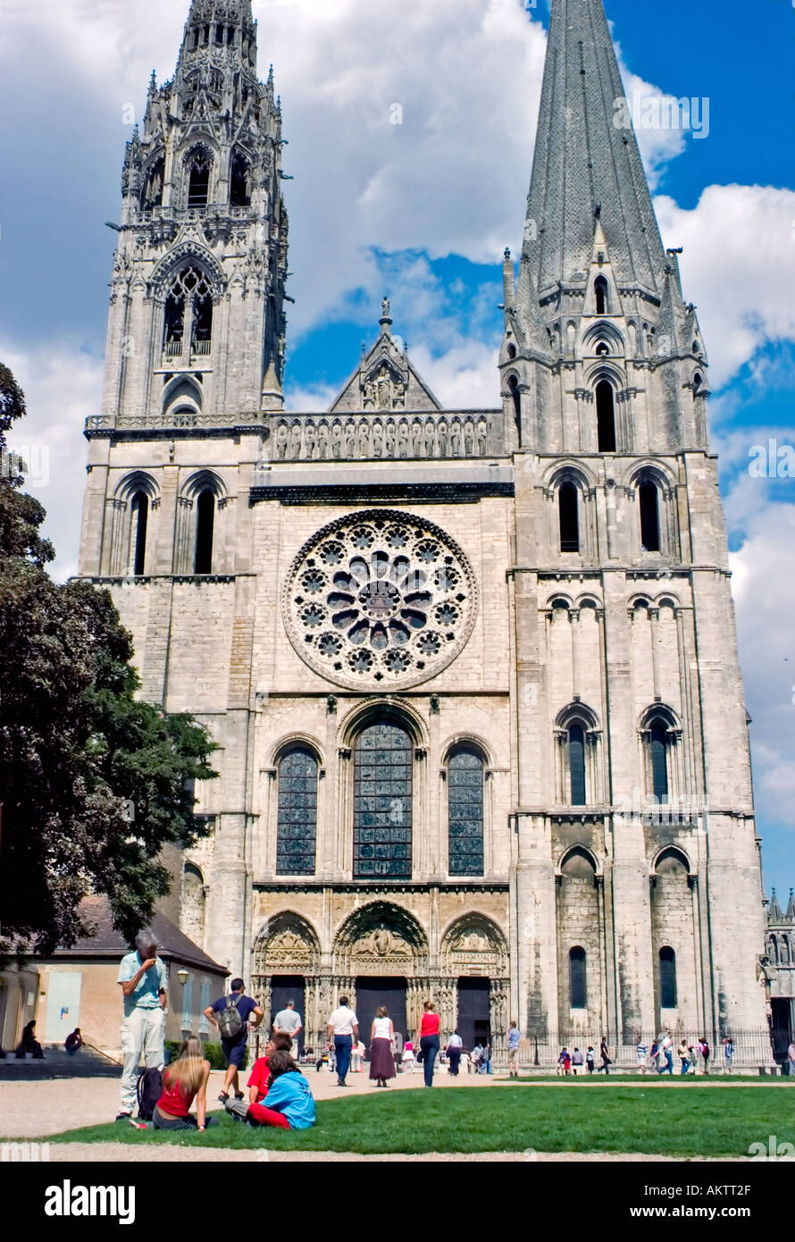 Chartres France Monument Notre Dame Cathedral Middle Ages Church From Place De La Cathedrale Tourists