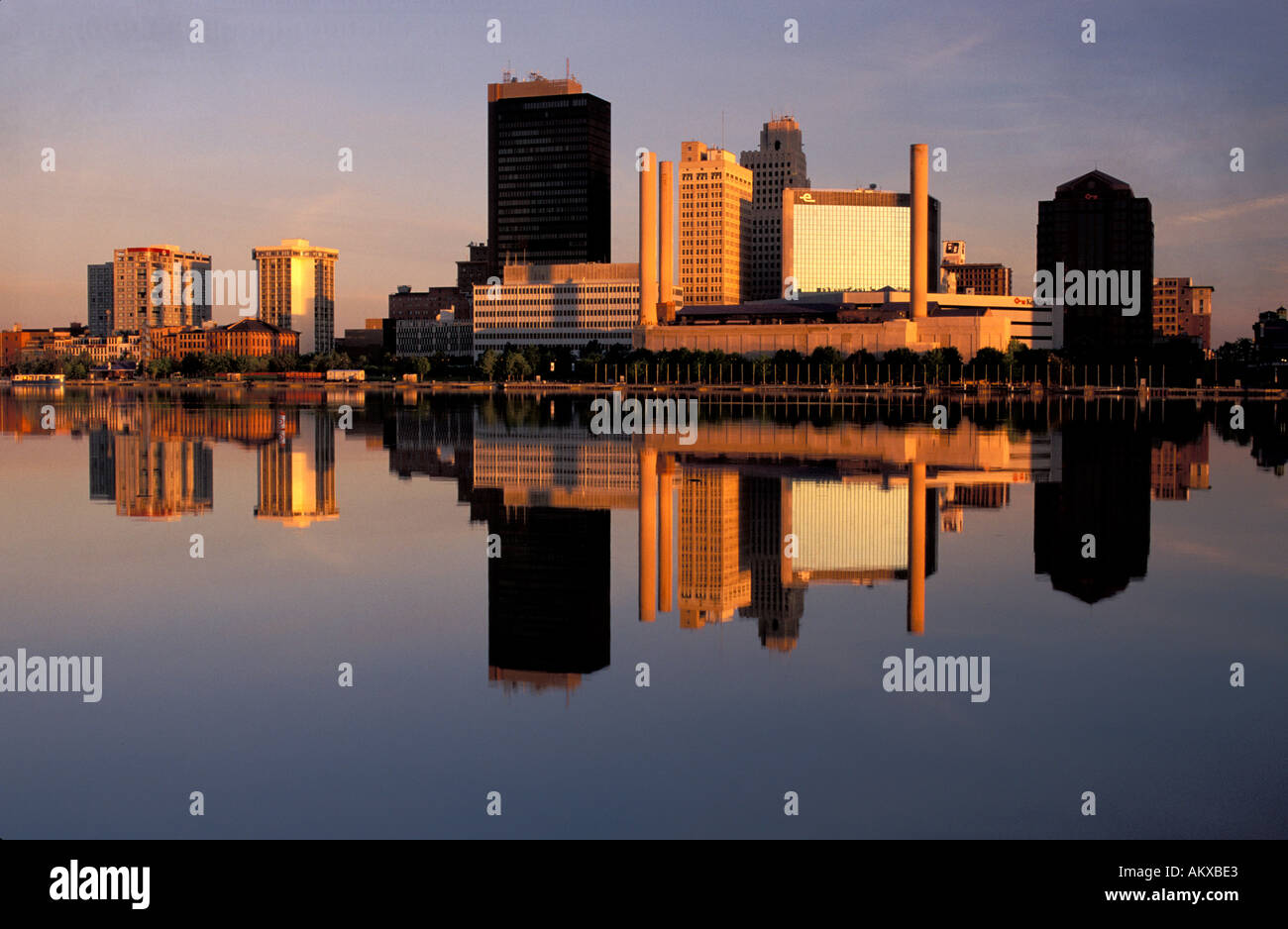 Ohio lucas county maumee - Skyline Of Toledo Ohio At Sunrise Maumee River Stock Image