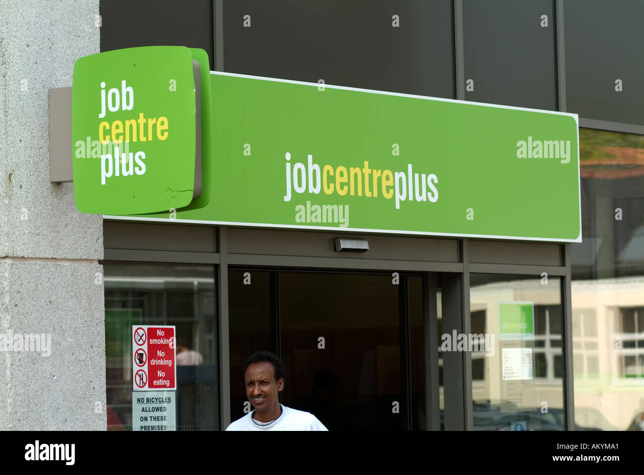 Sales Consultant - Carphone Warehouse Hounslow Fixed Term Contract Part Time hours per week, with flexibility to work additional hours UK £ for under 21's £ for aged 21 or over Plus an additional £ per hour location allowance Technology is transforming the world in extraordinary ways.